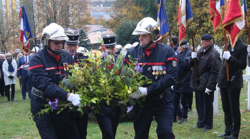 Cérémonie d'hommage aux sapeurs-pompiers morts pour la France